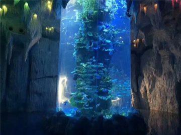 transparentní akrylátové panely pro velké akváriové nádrže